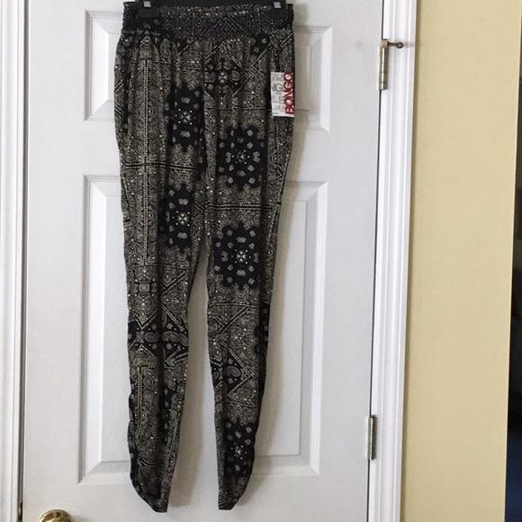 163aa7b63e3 BONGO Rouched Jogger paisley print pants Junior XS